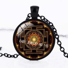 SUTEYI Fashion 2017 Buddhist Sri Yantra Pendant Necklace Sacred Geometry Sri Yantra Jewelry, Wholesale Jewelry ($1.19)