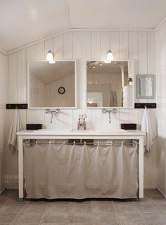 49f756cf928d5e5dbc2083ed524899f1 double vanity double sinks