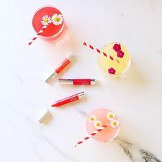 🍋🍉 #Smoothie diyetini duydunuz mu? Işıldayan bir cilt elde etmek, bakım ritüeliniz ile birlikte güzelleştirici gıdalar tüketiminizden de geçer. 🍉🍋 Enerjik bir hafta için, taze meyvelerin gücünü kullanın. #clinique #makyaj #alışveriş #kozmetik #bakım #güzellik #Madamrujcom ©