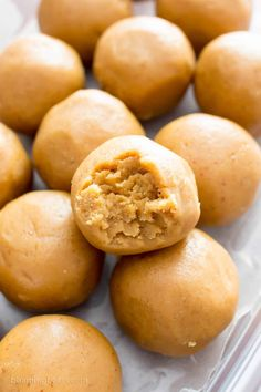 3 Ingredient Peanut Butter No Bake Energy Bites Recipe (V, GF): a one bowl recipe for easy gluten-free no bake energy bites packed with peanut butter flavor! #Vegan #GlutenFree #DairyFree #PeanutButter #NoBake #Snacks | Recipe on BeamingBaker.com