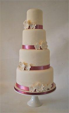 Ivory & Dusky Pink Vintage Cake