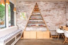 Manicures, Mapped: New York City's 15 Best Salons - Hortus Nailworks
