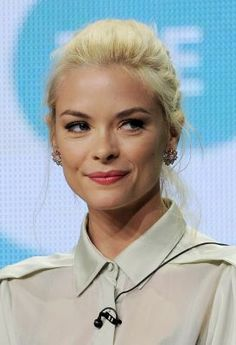 Jaime King... her beauty scares me.