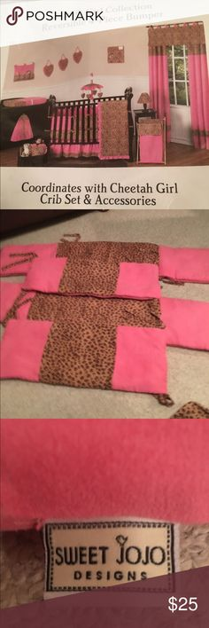 Cheetah set sweet jojo  4 piece Bumper crib set Cheetah set, sweet jojo only 4 piece Bumper crib set in excellent condition one of the small bumpers seam opened right on seam easy to mend  there's no stains and no rips in excellent condition for the money baby Jojo Accessories