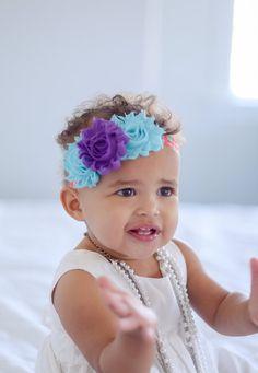 He encontrado este interesante anuncio de Etsy en https://www.etsy.com/es/listing/188694528/headband-toddler-headband-baby-headband