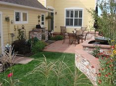 Small Backyard Landscaping Ideas 13
