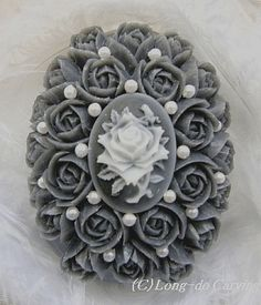 Soap carving work Diy Soap Carving, Soap Sculpture, Handmade Soap Packaging, Soap Gifts, Decorative Soaps, Homemade Soap Recipes, Best Soap, Art Carved, Soap Molds