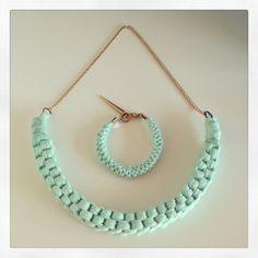 Mint Green & Gold | Necklace & Bracelet | DIY t-shirt - yarn