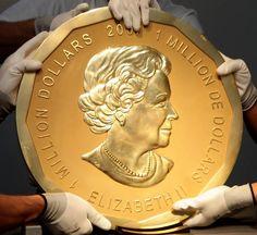 A peça, que pesa 100 quilos, está avaliada em 3,74 milhões de euros e foi cunhada no CanadáA maior moeda de ouro do mundo foi roubada na madrugada de segunda-feira de um museu em Berlim. A polícia …