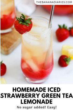 The most refreshing iced strawberry green tea lemonade, made with whole and simple ingredients! Sweetened only with strawberries, it's completely refined sugar free and so easy! Lemonade Tea Recipe, Green Tea Lemonade, Green Tea Drinks, Fruit Drinks, Green Teas, Kid Drinks, Beverages, Healthy Dessert Recipes, Smoothie Recipes