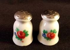 Vintage-Flower-Salt-and-Pepper-Shakers-Fine-China-Tiny-1-5-034-Made-in-Japan