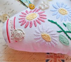 Helen Philipps: May 2012 Summer is here and it's time to take it easy and do a little bit of pretty hand sewing.....using some wonderful (but in parts damaged) old embroidered linens and making sweet lavender hearts.....with added vintage buttons...