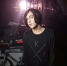 Kellin Quinn//Sleeping with sirens