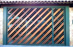 Portão de Madeira EP-316 pode ser revistido com madeira ipê ou jatoba no desenho vertical, diagonal, espinha de peixe ou losango (assoalho, deck ou lambril).