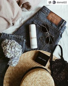 Hello Sunday 🌞 and love you @domsli22 😙 #lebaiser #lebaiserlingerie #bielizna #lingerie #underwear #prezent #gift #pomysłnaprezent #handmadeisbetter #handmadewithlove #handmade #ootd #lookoftheday #instafashion #instastyle #bestoftheday #picoftheday #lacebra #bra #stanik #beautiful #romantic #lacelover #sundaymood #hellosunday #sundayvibes #sundayessentials #polishbrand #thankyou #love