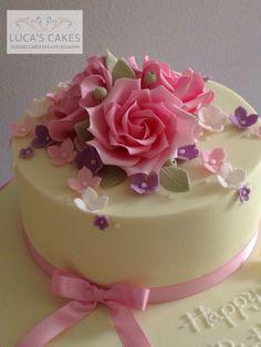 Roses birthday cake