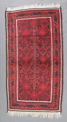 antique persian balouch rug Iran, ca. 1900, 204 x 107 cm / 6'8''x 3'6'' I Christopher & Angela Legge Oriental Carpets, Oxford
