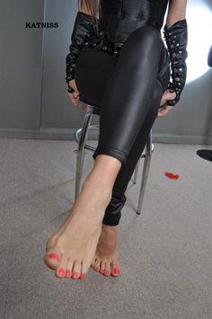 Feet #Feet Nylons # Nylons Stockings #Stockings Legs #Legs High Heels #High Heels