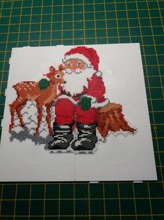 Pearler Bead Patterns, Perler Patterns, Beaded Cross Stitch, Cross Stitch Charts, Ideas Decoracion Navidad, Hama Beads Disney, Christmas Perler Beads, Hama Beads Design, Peler Beads