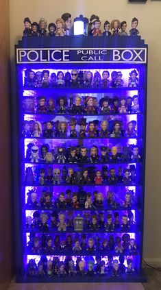 I built a TARDIS display case for my vinyl figures Tardis Wallpaper, Circular Gallifreyan, Female Doctor, Geek Girls, Dr Who, Display Case, Superwholock, Vinyl Figures, Doctor Who