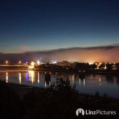 #morgens an der #donau  . . . #riverdanube #linz #igerslinz #upperaustria #österreich #austria #blogger #view #sky #nightout #morning #nocoffee #streetphotography #visitaustria #handheld #nofilter #focus #europe #beautiful #fog  #foggy #autumn #herbst #indiansummer #goshoot
