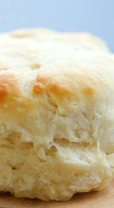 Light & Fluffy Angel Biscuits is part of Amish bread Sour Cream - These light & fluffy Angel Biscuits are half biscuit, half roll! Biscuits D'ange, Angel Biscuits, Fluffy Biscuits, Cookies Et Biscuits, Sour Cream Biscuits, Baking Powder Biscuits, Cookies Soft, Sugar Cookies, Homemade Biscuits Recipe