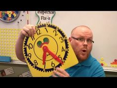 "Teacher Tipster (Clock Hands Tip) - Reading time correctly. ""man"" hand and ""lady""hand. ""ladies first! Teaching Time, Student Teaching, Creative Teaching, Teaching Tools, Math Classroom, Kindergarten Math, Classroom Ideas, Preschool, Fun Math"