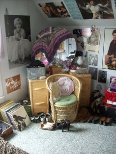 """29 Pictures Of And Teenage Bedrooms That'll Take You Back - Board 7 - """"My bedroom shortly after I graduated high school. My New Room, My Room, Girl Room, Teen Girl Bedrooms, Teen Bedroom, 1990s Bedroom, Rock Bedroom, Tiny Bedrooms, Small Room Bedroom"""