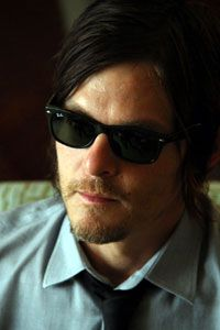 "February 13, 2013 17: 00 Norman Reedus who plays the role of darryl in ""Walking Dead"" is a long-awaited visit to Japan! From the charm of the work to the true face of Norman, I have hit various hits! ★ ""My eyes are swollen due to a sudden jet lag, I am sorry glances."""