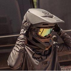 Dirt bike art motorcycle helmets 47 New ideas Dirt Bike Helmets, Motorcycle Dirt Bike, Moto Bike, Motocross Girls, Motocross Gear, Dirt Bike Girl, Dirt Bike Room, Motocross Maschinen, Motorcross Bike