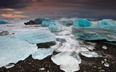 blue ice diamonds lagoon beach Jokulsarlon Iceland