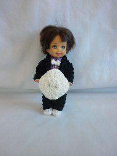 Little Miss' Crochet Barbie Wedding - Ring Bearer