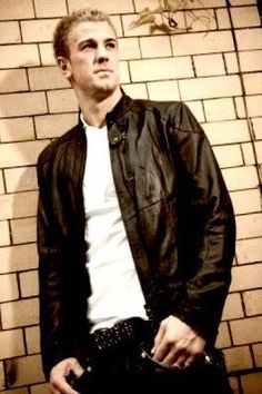 Nice picture of Joe Hart Nice Picture, Soccer Players, To My Future Husband, Cool Pictures, Bomber Jacket, Handsome, Celebrities, Jackets, Men