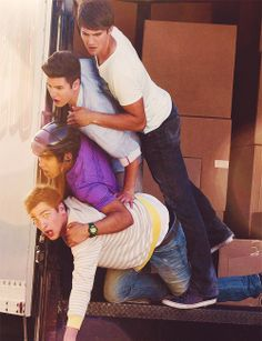 Remember these guys. Lolz I loved Big Time Rush's songs,  but I hated the show.