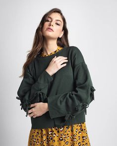 Lace up sleeves green sweater crop top knitted pullover Crop Top Sweater, Green Sweater, Knitwear Fashion, Ruffle Blouse, Lace Up, Pullover, Crop Tops, Trending Outfits, Sleeves