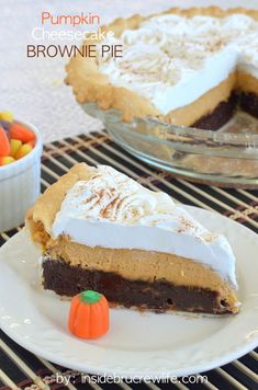 3 layers of fall goodness in one delicious pie. You need to add this to your fall baking list for sure!