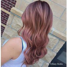 Ravishing rose gold haircolor.