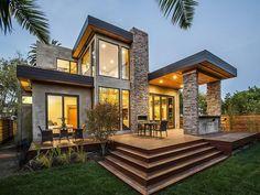 Affordable Modern Prefab Homes Design : Elegant Modern Modular Homes With Brick Pillar