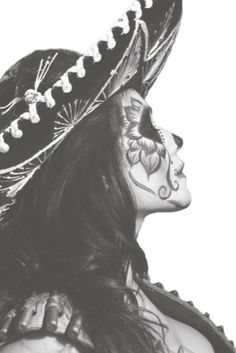 Beautiful Day of the Dead portrait / Bello portrato de Dia de los Muertos. Pink Pad - the app for women - pinkp. Sugar Skull Makeup, Sugar Skull Art, Sugar Skulls, Maquillage Halloween, Halloween Makeup, Halloween Ideas, Happy Halloween, Payasa Tattoo, Tattoos