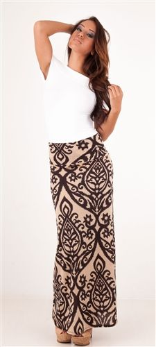 gorgeous damask print maxi skirt!!