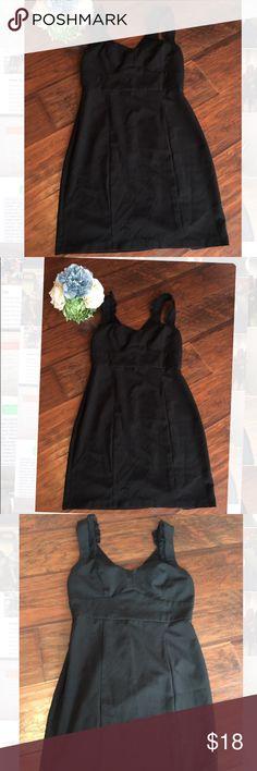 Little black dress medium forever 21 Little black dress medium forever 21 No problems with dress, just doesn't fit me   Pet free Smoke free Forever 21 Dresses