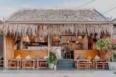 Outdoor Cafe, Outdoor Restaurant, Cafe Restaurant, Coffee Store, Coffee Cafe, Cafe Interior Design, Cafe Design, Cofee Shop, Mini Cafe