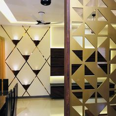 Glass wall design lobby most popular ideas Wooden Partition Design, Glass Partition Designs, Glass Wall Design, Living Room Partition Design, Wooden Partitions, Wall Decor Design, Interior Design Photos, Door Design, Compound Wall Design