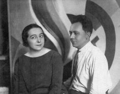 An article about Sonia Delaunay's social circle focusing on Guillaume Apollinaire, Blaise Cendrars and Wilhelm Uhde. Robert Delaunay, Sonia Delaunay, Blaise Cendrars, Tate Gallery, Alfred Stieglitz, Art Icon, Paris, Make Art, French Artists