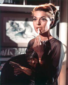 Anne Bancroft-Elegant, amazing actress