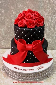 Black cake with red roses - by House of Cakes Dubai @ CakesDecor.com - cake decorating website