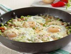 Refogado prático de ervilha, ovos e queijo - Ideal Receitas
