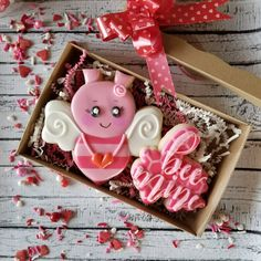 """904 Likes, 55 Comments - Sarah Robertson (@sugarcrushcookiessarah) on Instagram: """"Valentine's Day preorders are now open on my FB page! Local orders only. #valentines #sugarcookies…"""""""