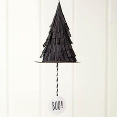If you need a last minute Halloween party craft idea that is sure to please, these witch hats that pop are perfect!