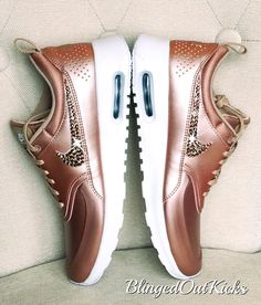 Bling Nike Air Max Thea Limited Edition in Rose gold with Swarovski crystal details Rose Gold Metallic Shoes, Metallic Sneakers, White Sneakers, Rose Gold Trainers, Gold Evening Shoes, Cheap Air Max 90, Baskets, Special Occasion Shoes, Nike Max